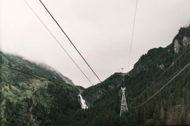 Cable car to Balea Lake-Shot on Zenit E 35mm